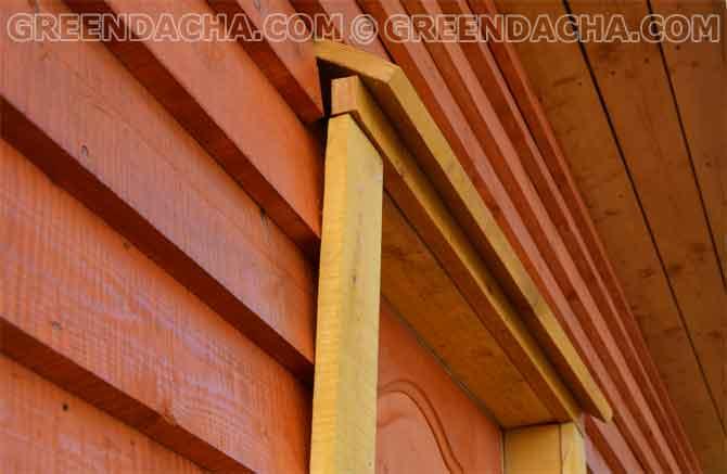 Приступил к изготовлению и монтажу дверных наличников и козырька над дверью -2.